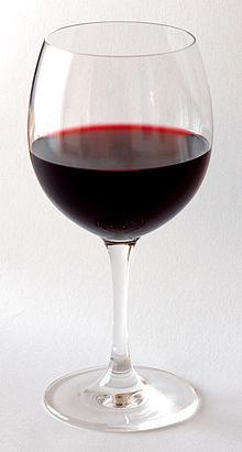 Красное вино 6 месяцев выдержки